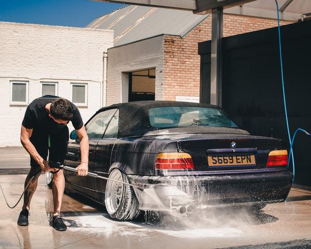 Conseils pour assurer le lavage de sa voiture